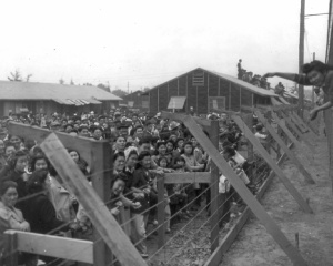 japanese-internment-camps